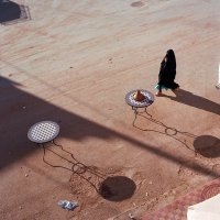 Женщина и тень :: Victoria Kovalenko