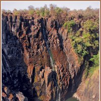 Край водопада Виктория :: Евгений Печенин