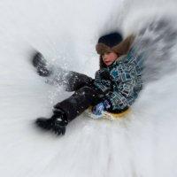 Весело с горы кататься: падать можно, кувыркаться!.. :: Надежда