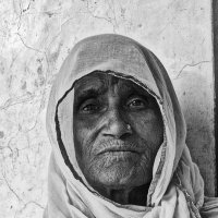 Портрет пожилой индийской женщины :: Вера