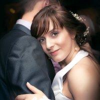 Танец жениха и невесты :: Aнатолий Дождев
