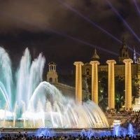 Поющий фонтан Барселоны :: Vasiliy V. Rechevskiy