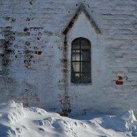 Заметает зима, заметает... :: Юрий Морозов