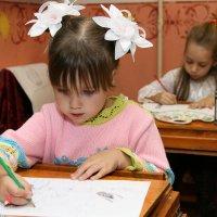 Юная художница :: Сергей Черкасов