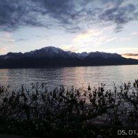 Монтрё (Montreux) в Швейцарии на берегу Женевского озера :: Виолетта Козырева