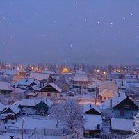 снегопад на рассвете... :: Наталья Меркулова