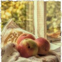 Этюд с яблоками. :: Лилия *