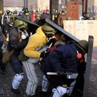 Самооборонцы Майдана. Еще живые. :: Сергей Рубан