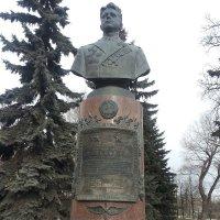 Самотёчный бульвар. Памятник Попкову В.И :: Владимир Прокофьев