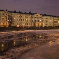 Здание Екатерининского института (наб. р. Фонтанки, 36) :: Валентин Яруллин