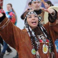 Танцы народов севера 1. :: Larisa Gavlovskaya