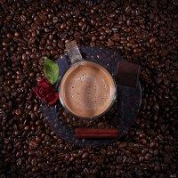 чашка кофе с молоком :: Vladimir Zhavoronkov