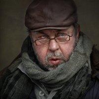 Наиболее доверчивы самые серьезные люди... (с) :: Анна Корсакова
