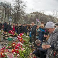 Ukrainian People distress about Victims :: Roman Ilnytskyi