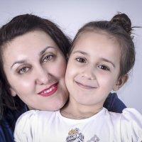 Мама и дочь :: Марина Кириллова