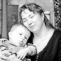 Мать и дитя :: Игорь ГУРОВ