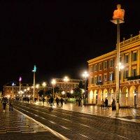 Ночные огни главной площади Ниццы :: Лидия Цапко