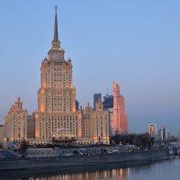 Утро большого города. :: Дмитрий Косачев