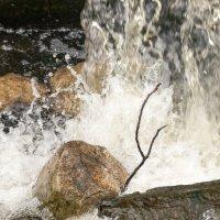 Весенний водопад :: Олег Козлов