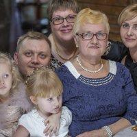 Большая семья :: Виктор Салищев
