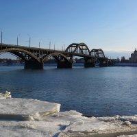 Весна на Волге. Рыбинск :: Марина Морозова