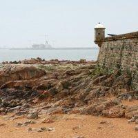 Форт Св. Франциска Ксаверия в Порту, Португалия. :: Людмила Ермоленко