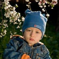 Мальчик весной :: Игорь Юрьев