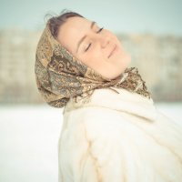 Есть женщины в русских селениях)) :: Александра Карепина