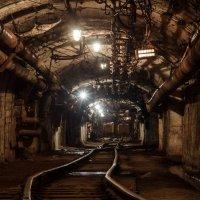 Главный тоннель, шахта Сидеритовая, г. Бакал :: Данил Антонов