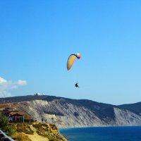 Полет над высоким берегом :: Елена Васильева