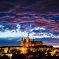 Прага вечером :: Максим Логунов