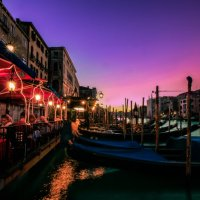 Venice at dusk :: Eva Langue