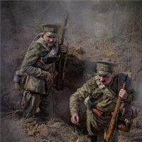 1916. Русские солдаты в окопе :: Виктор Перякин