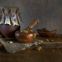 Про толченые орехи :: Lev Serdiukov