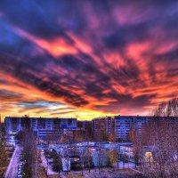 Мой двор перед концом света) :: Михаил Стариков