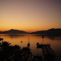 Восход над Эгейским морем :: Всеслав Игнатов
