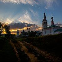 Вечер в Суздале :: Виктор Перякин