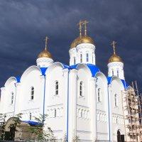 Тёмные тучи ,сгустились над Церковью :: Дмитрий Черепанов