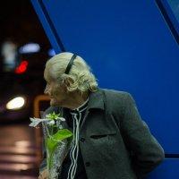 Цветочница. ... в надежде на удачу :: Ирина Зайцева