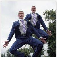 Хорошего жениха много не бывает! :: Александр Назаров