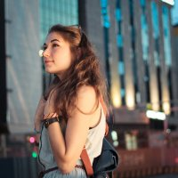 вечер, улица и дом :: Любовь Стаценко