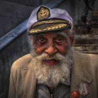 *** :: Капитан немо