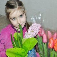8 марта :: Людмила Красникова