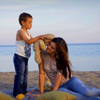 С любимой мамочкой на закате :: Валентина Skit