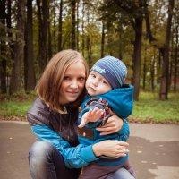 мама и сын :: Ольга Сократова