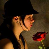 Юлькина роза. :: Лариса Красноперова