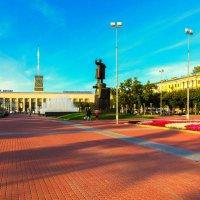 Площадь Ленина. Финляндский вокзал. :: Александр Неустроев