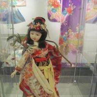 Японская кукла в традиционном наряде :: Таня