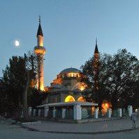Мечеть Джума-Джами. Евпатория :: Владимир Клюев