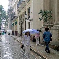 улицы города во время дождя.. :: Надежда Шемякина